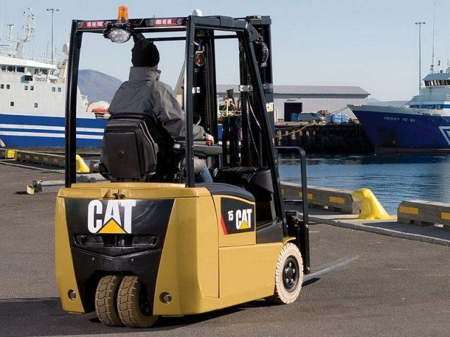 CAT Electric Forklifts from Irish Forktrucks